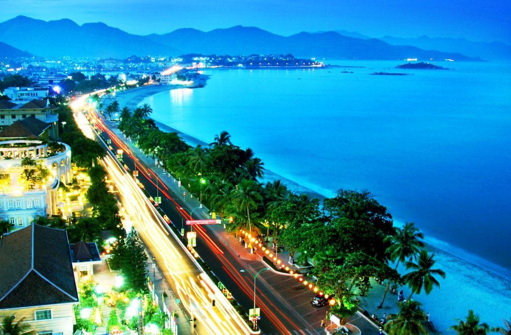 dich vu van chuyen hang hoa tu Ho Chi Minh den Khanh Hoa